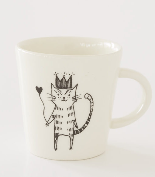 cermaic cup with cat illustration